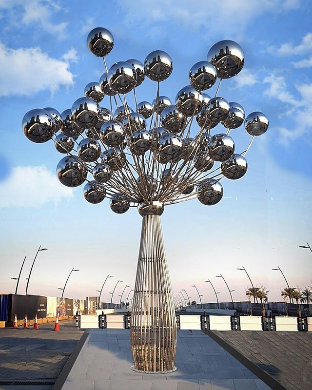 Famous artist Joy custom stainless steel metal decoration outdoor sculpture