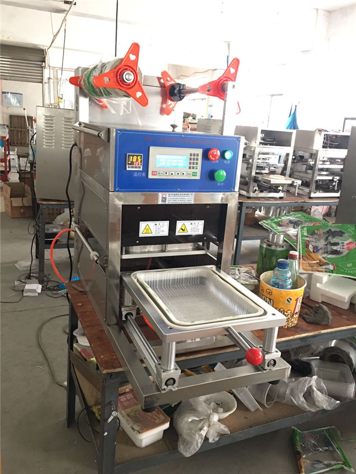 Automatic Yogurt Plastic Cup Sealing Machine / Sealer Machine For Jelly Cup