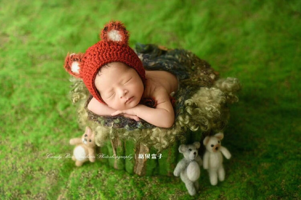Pre-order to cover beanbag -UK seller Knitted Newborn Posing Fabric Backdrop for newborn photography Toffee Brown