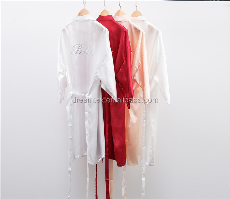 Wholesale morning weared robes wedding robes de demoiselle d'honneur embroidery words soild robes