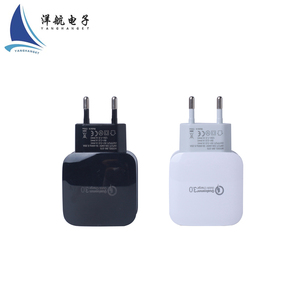 USB Wall Charger BoostCube Single/Dual Port Charger with SmartID Technology for iPhone Xs/XS Max/XR/X/8 Plus/8
