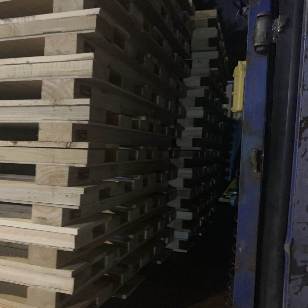 Airline Package Wooden Timber Pallet, Rough Hardwood Lumber Pallet Of Wooden