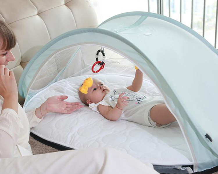 Portable 100% Cotton Newborn Baby Lounger for sleeping Crib in bed