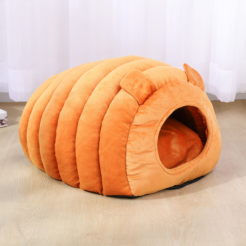 Winter Autumn Luxury Caterpillar Shaped Warm closed soft indoor Windproof Doghouse Thickened Creative Cat Dog House
