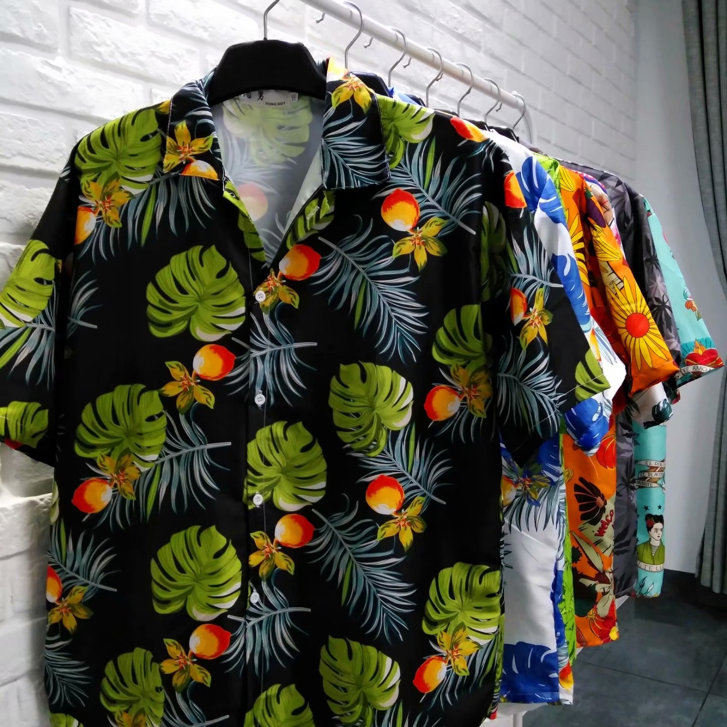 High <strong>quality</strong> fashion men Hawaiian polo t shirt with coconut buttons for beach