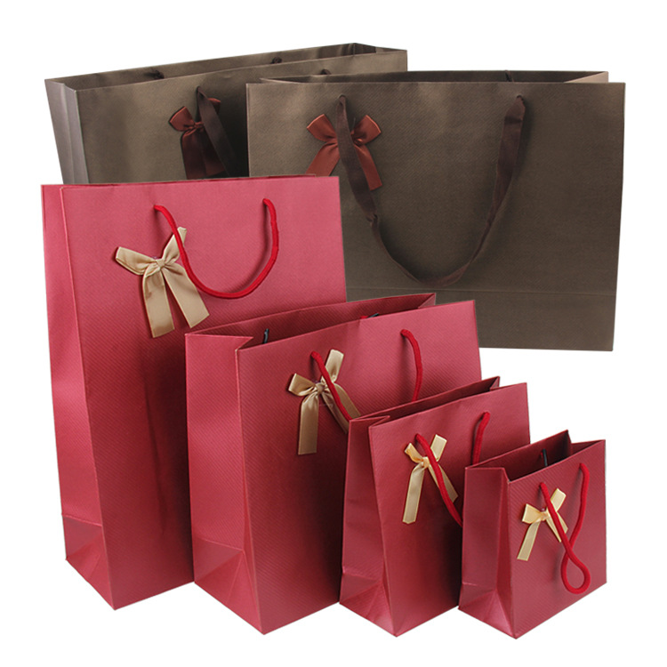 Luxury matte red handbag shoes paper bag with logo for clothing packaging