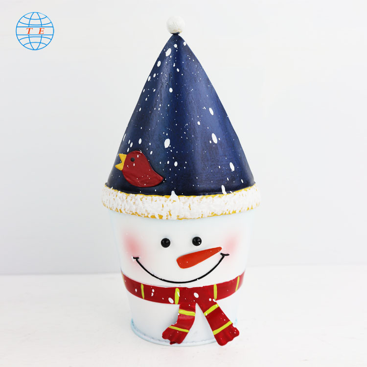 Creative Snowman Shape christmas ornaments, cheap metal Christmas decorations.