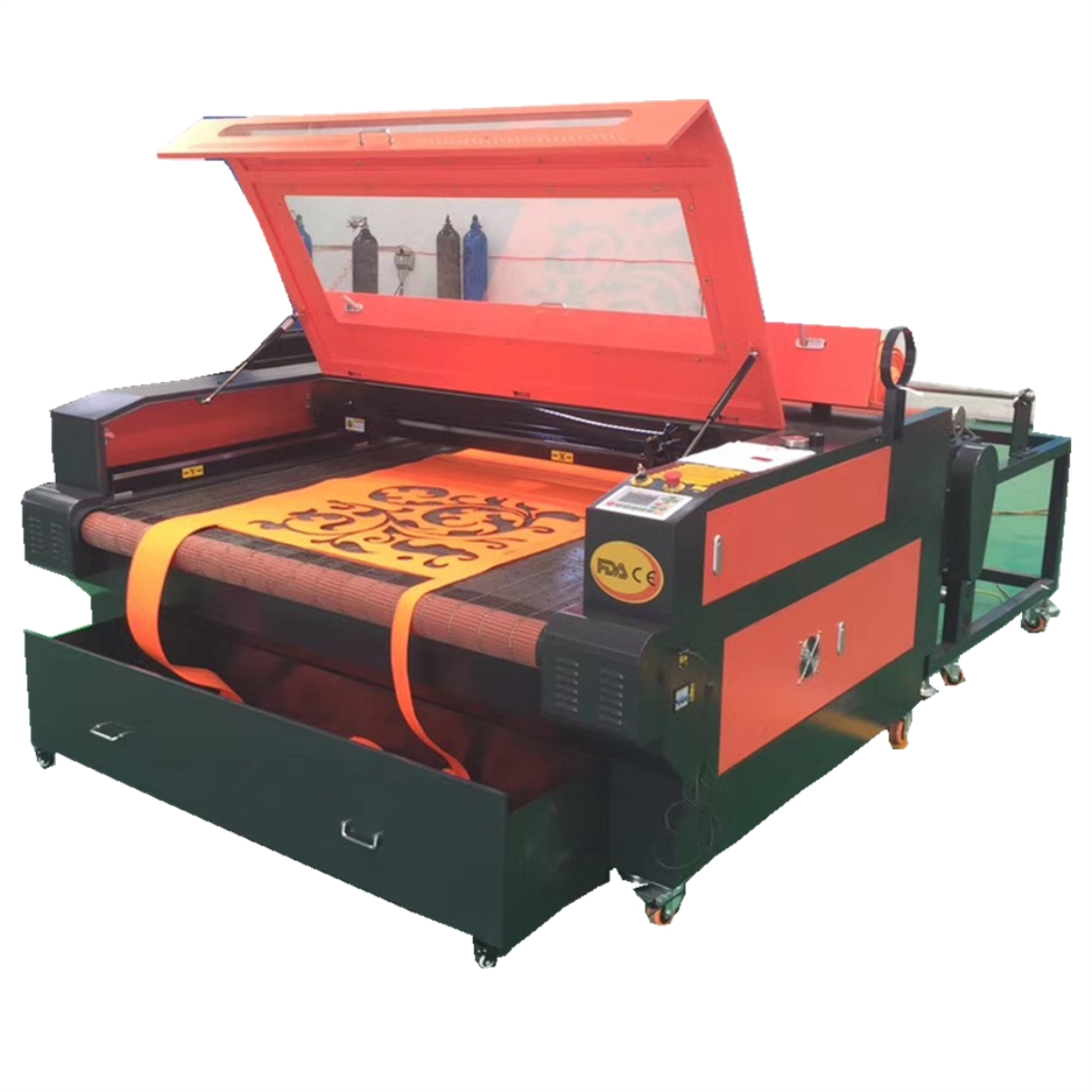 1610 auto feeding table laser fabric cutting machine with red dot/CO2 fabric laser <strong>cutter</strong> for sale/100W laser fabric machine