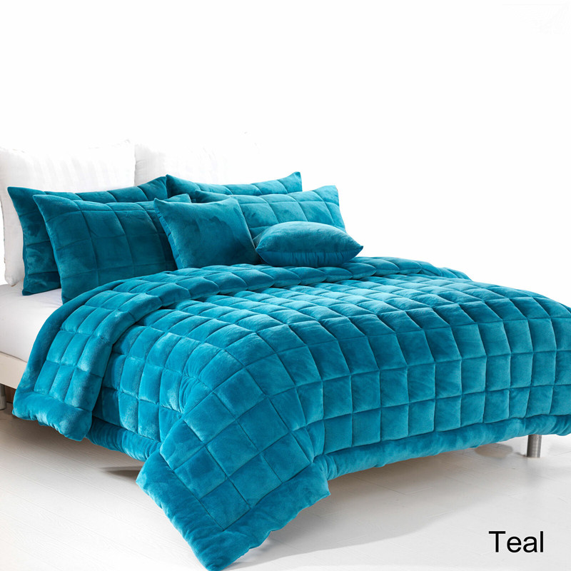 Comforter Coverlet Quilt Set solid color with comfortable flannel fabric blanket