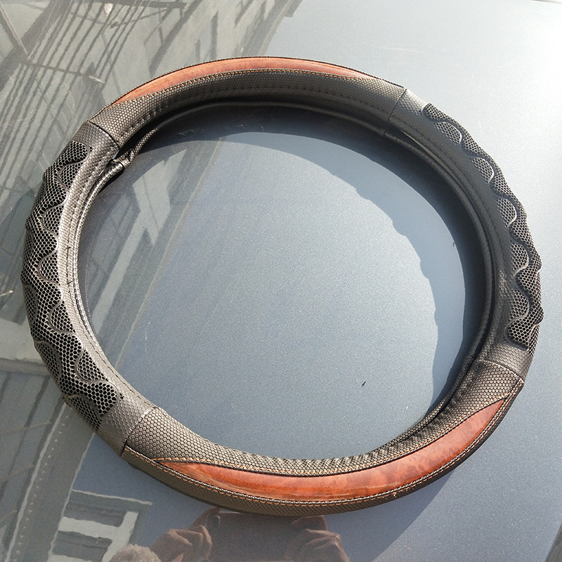 Non-slip & confortable car steering leather wheel cover