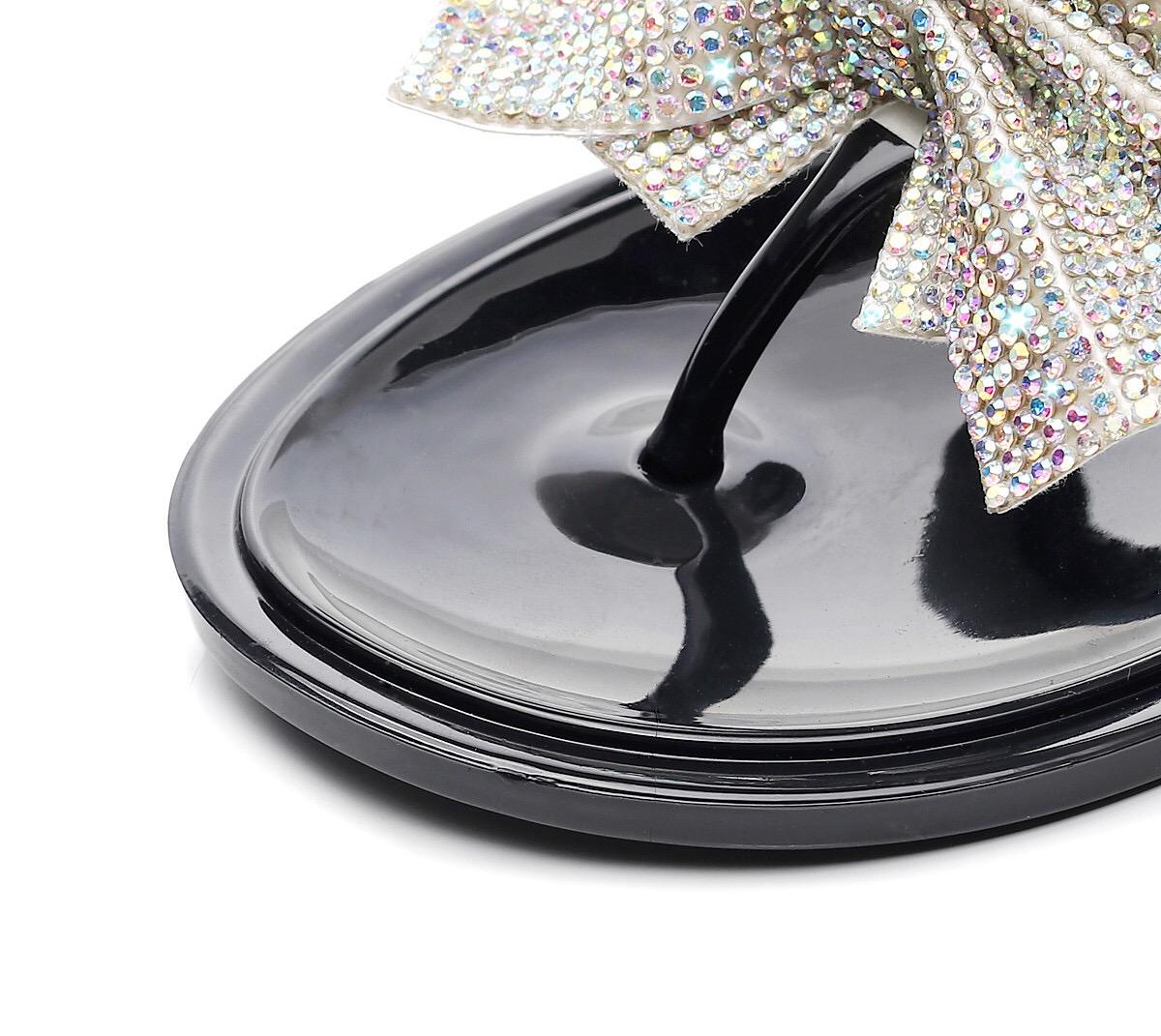 Beach Flip Flop Pvc Jelly Slipper 2019 New Product Shoes Jieyang Raw Material Pcu Lady Plastic Flat Woman Summer Sandal