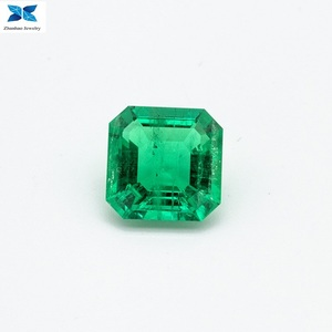 High quality Synthetic emerald grown from natural rough emerald made by cutting machine