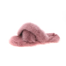 Wholesale fashion fur <strong>slippers</strong> women flat cross rabbit fur <strong>slippers</strong>