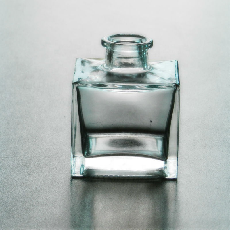 Luxury Good Price 100ml Square Clear Perfume Bottle