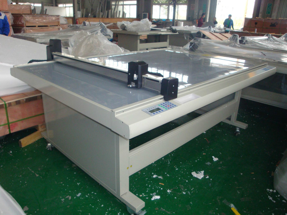 Fast speed accurate table flatbed cnc plotter cutter