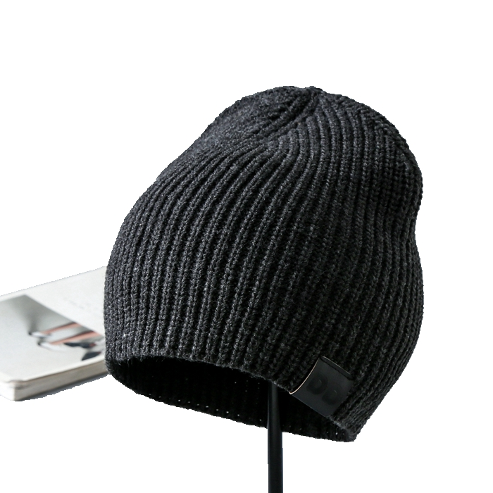 High Quality adult winter beanie oem mens hat with <strong>label</strong> with logo
