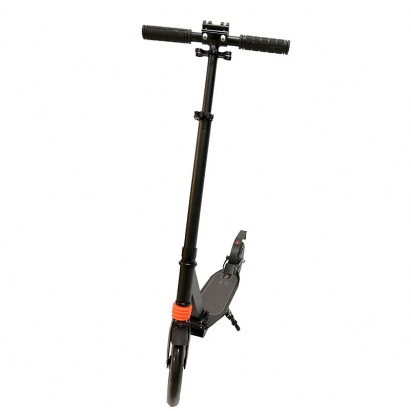 8 Inch 26Km/<strong>H</strong> Speed CE Rosh EBS Brake Foot Brake Electric Scooter 2019