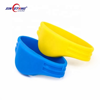 Free Sample RFID Silicone Rubber Band Wristband Bracelet