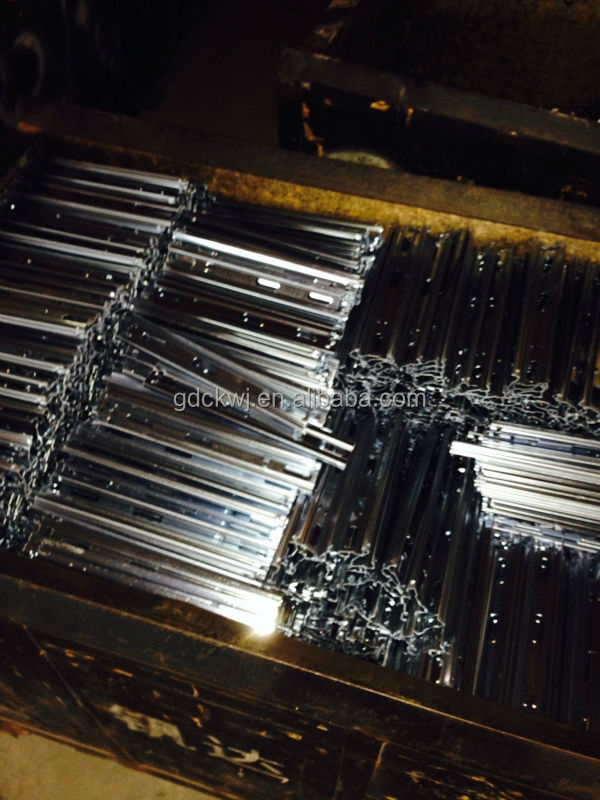 guangzhou factory wholesale ball bearing telescopic kitchen cabinet drawer slide parts channel drawer slide
