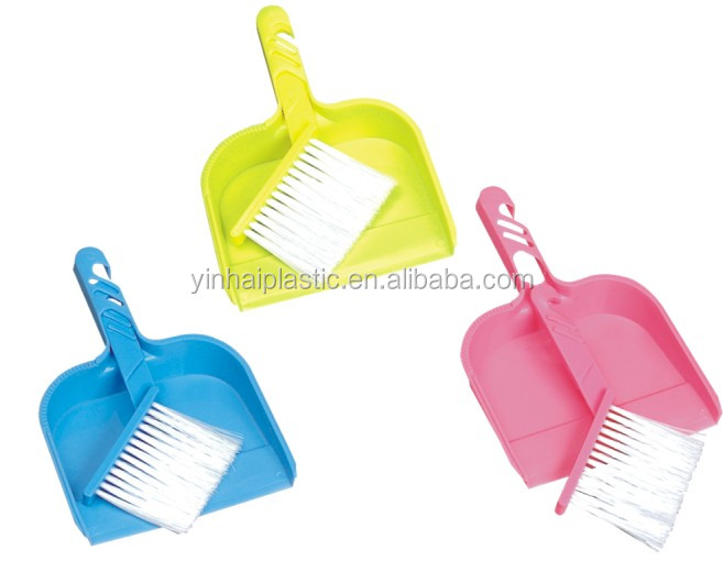 2017 Household new design plastic brush and dust pan set for table desk
