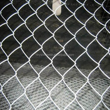 High Quality Galvanized Diamond Mesh Fence Wire Fencing Chain Link Fence