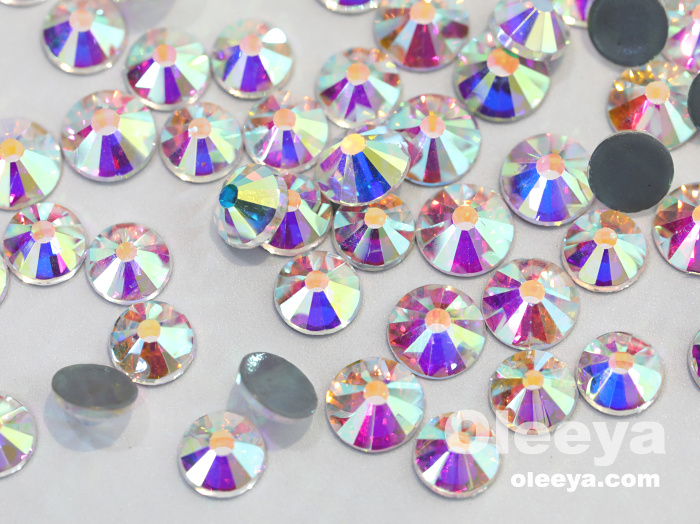 Oleeya factory wholesale glass crystal mixed sizes dmc hot fix rhinestones packed in flower box iron on clothing