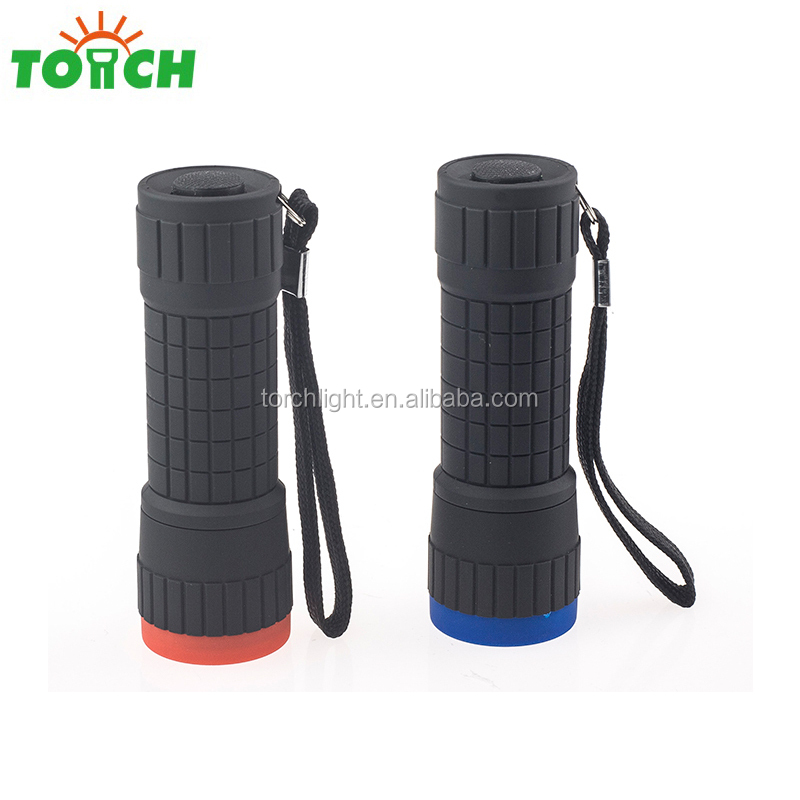 cheap plastic mini 14 LED flashlight