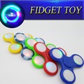 3 Leaves Flashing Hand Spinner With Push-Button Switch
