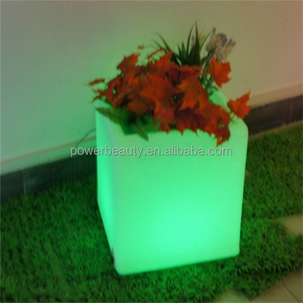 fashionable led cube flower pots /LED glow planter vase for garden decoration with remote control