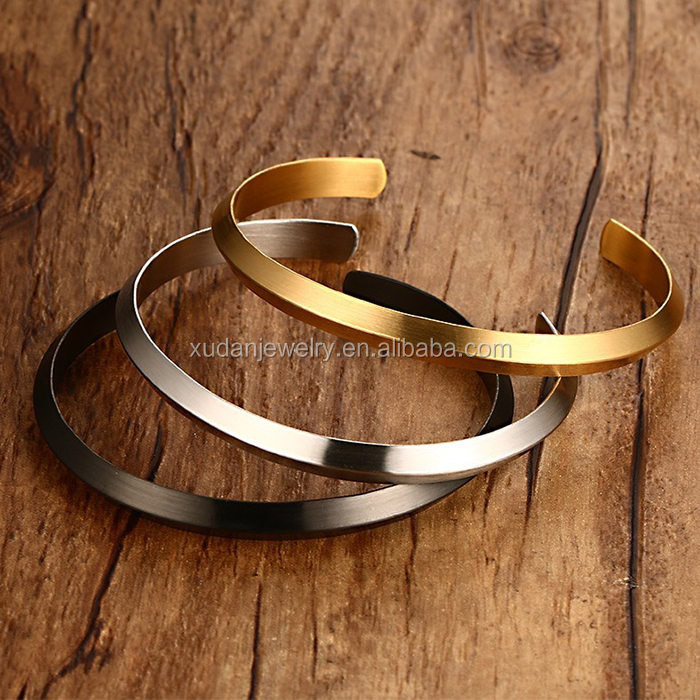 Vogue Buckingham Gold Jewellery Designs Stainless Steel Cuff Bangle