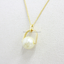 Moonsoul alibaba wholesale pearl pendant necklace with metal chain gold plated jewelry hot sale