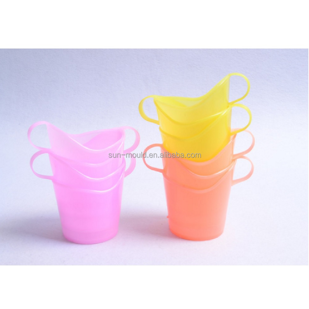 Plastic disposable paper cup holder take away paper cups holders free shipping