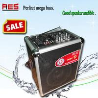 2013 Hot sale new design multi-function rechargable charger with speakers for music lovers