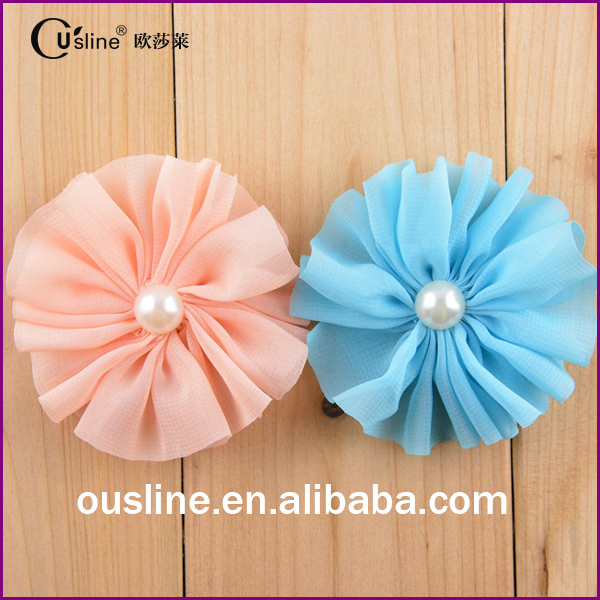 Bulk decorative pearl artificial flower making for dresses