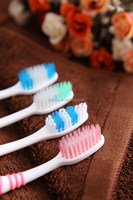 eco-friendly hotel mini finger toothbrush for adults