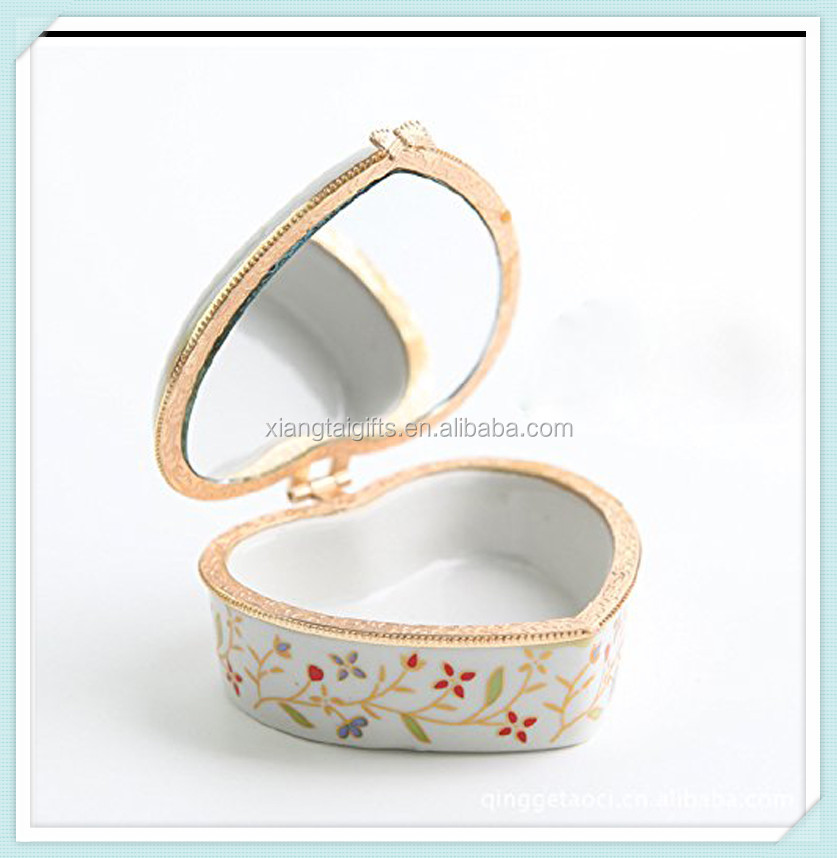 Hot sale ceramic heart shaped porcelain decoration trinket box with mirror