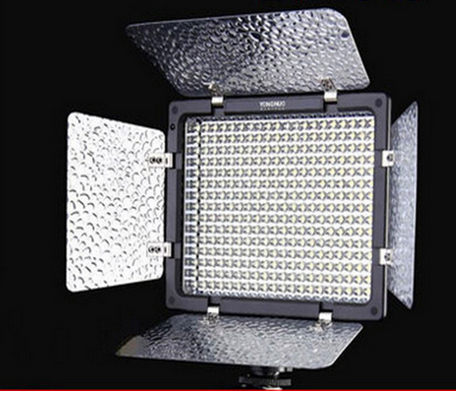 NEW YONGNUO 300 LED Video Light with Hand Grip & Remote 5500K