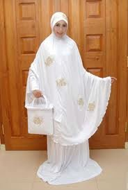 Mukena Pray Wear for Women (Clothes Muslim wear for women)
