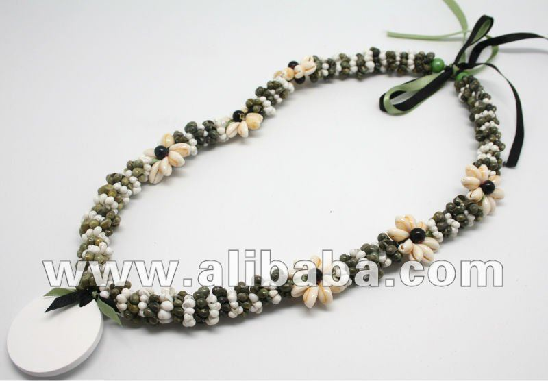 customized shell necklace