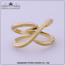 Custom Top Quality Charming Micro Paved Zircon Plating New Design Gold Finger Ring For Anniversary