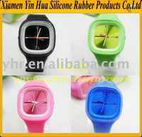 Latest Fashion 2012 Water-resistance ODM or OEM jelly silicone sport watch in 16 colours