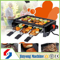 abroad favorble gas grill barbecue chickens