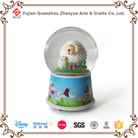 2015 custom made plastic musical snow globe