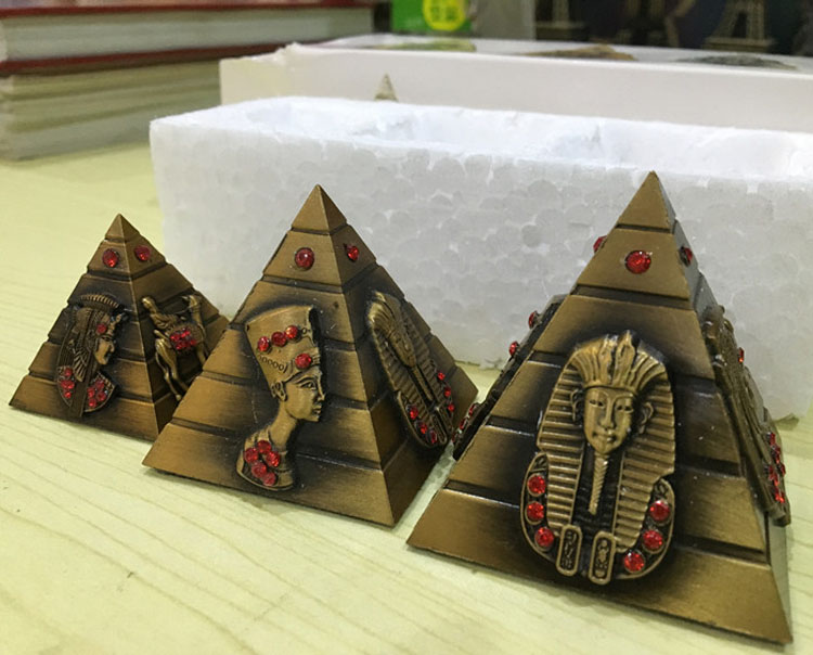Egypt Khufu model ornaments zinc alloy Retro Decor