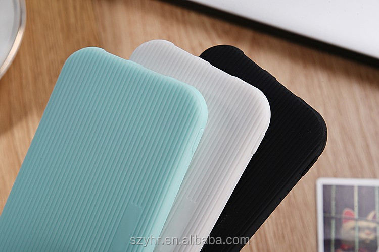 Super slim power bank capactity 4000mah rubber oil on surface for gift sale
