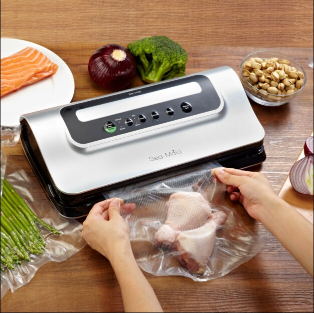 mini Vacuum with Non_Vacuum Seal Option & Bright LED Indicator_Preserve Dry & Moist Foods Fresh up to 3 Months