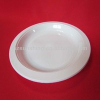 disposible plastic plates and cups