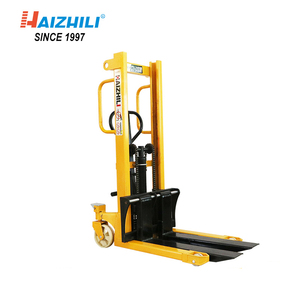 Alibaba Supplier 2000kg straddle manual pallet stacker with 1600mm lifting height