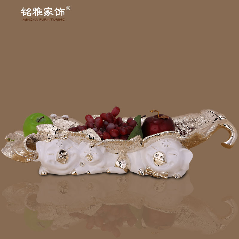 Christmas home decor animal pig statue fruit tray