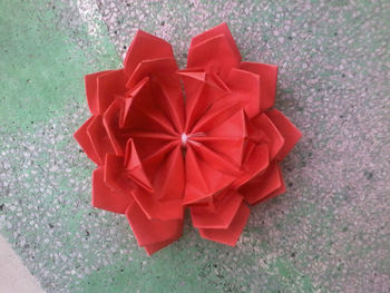 origami rouge fleur de lotus buy lotus fleur en origami product on. Black Bedroom Furniture Sets. Home Design Ideas
